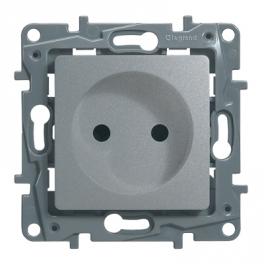 Розетка 2К со шторками - Niloe/Etika - алюминий